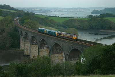 66182 + 50042 + 37142 head south over Forder Viaduct on the: 0Z66 14:55 Meldon Quarry to Bodmin Parkway  15/10/06