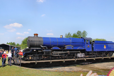 "6023 ""King Edward II"" on the Didcot Railway Centre's Turntable. 23/04/11"