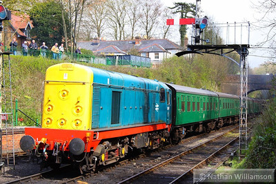 20087 departs Alresford on the rear  26/04/13