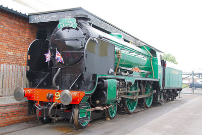 "925 ""Cheltenham"" on display in York Railfest  06/06/12"