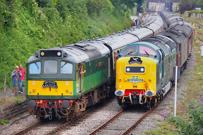 "D7535 heads north through Goodrington Yard on Spitfires ""Riviera Rat"" railtour, passing 55022 & 47804 stabled with Spitfires ""The Devonian"" railtour 09/07/11  Watch the video at: http://www.youtube.com/watch?v=te6L2Y6jL9s"