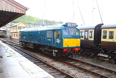D7535 runs round in Kingswear  27/04/14
