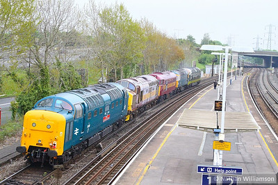 55019 + 37521 + 31466 + 33108 + D9009 head east through Millbrook on the: 0Z55 09:21 Swanage to Didcot Railway Centre 21/05/13  Watch the video at: http://youtu.be/wjM0gHJVdTw
