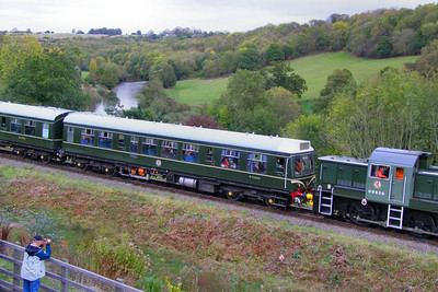 52064 - Class 108 Driver Motor Composite departs Highley 08/10/11