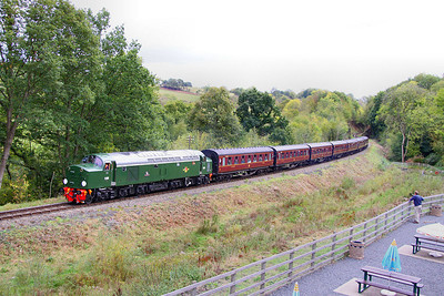 D306 (40106) arrives into Highley 08/10/11