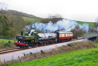 1369 heads north through Nursery Pool on the milk train forming the: 13:35 Bishops Bridge Loop to Buckfastleigh  08/04/12  Watch the video at: http://youtu.be/K0psfxJfsh4