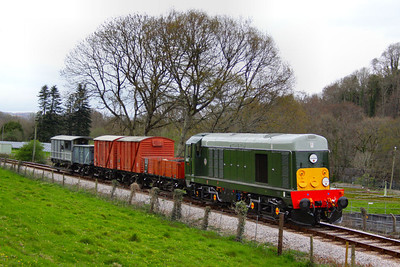 D8110 heads south through Nursery Pool with a freight forming the: 16:08 Buckfastleigh to Bishops Bridge Loop  08/04/12  Watch the video at: http://youtu.be/K0psfxJfsh4