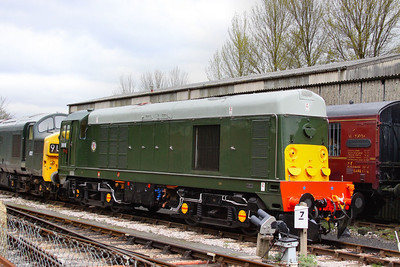 D8110 stables in Buckfastleigh  07/04/12