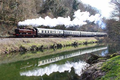 L92 (5786) heads north along the River Dart passing Dartington on the: 14:22 Totnes Littlehempston to Buckfastleigh 30/03/13  Watch the video at: http://youtu.be/zRcSGCoustg