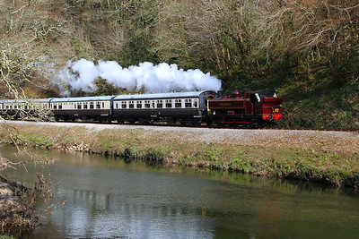 L92 (5786) heads south along the River Dart passing Dartington on the: 13:15 Buckfastleigh to Totnes Littlehempston 30/03/13  Watch the video at: http://youtu.be/zRcSGCoustg