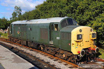 D6737 rests in Totnes Littlehempston between trains  14/09/13