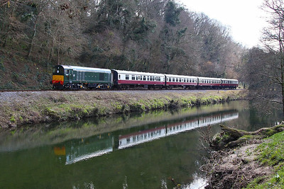 D8110 trundles along the River Dart passing Dartington on the: 13:17 Totnes Littlehempston to Buckfastleigh 30/03/13  Watch the video at: http://youtu.be/zRcSGCoustg
