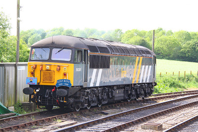 "56301 wearing ""Arnold Lane MPD on tour"" and ""Lost Boys 1968-1988"" headboards in Norden 08/05/11"