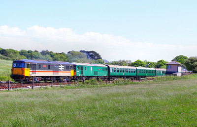 73205 & 73136 depart Harmans Cross on the: 1N14 11:45 Harmans Cross to Swanage 08/05/11