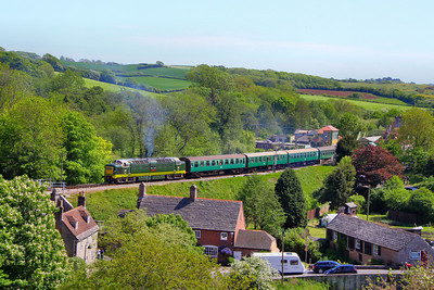 D9009 departs Corfe Castle Station on the: 1N24 13:10 Swanage to Norden 08/05/11