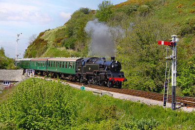 80104 arrives into Corfe Castle Station on the: 1S07 14:05 Norden to Swanage  13/05/12  Watch the video at: http://youtu.be/TClgU8KN47E