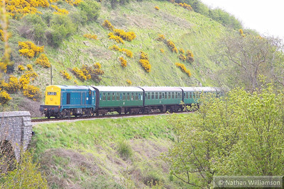 20142 arrives into Corfe Castle on the rear of the: 13:00 Norden to Swanage  12/05/13