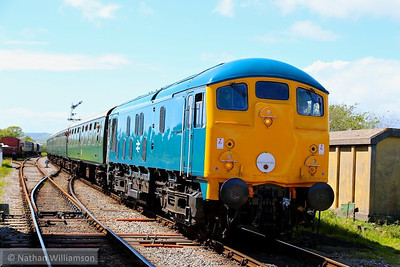 24081 arrives into Harmans Cross on: 2S15 14:30 Norden to Swanage  11/05/14