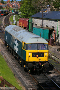 47292 shunting in Swanage  11/05/14