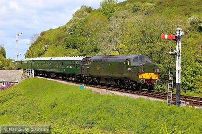 D6700 (37350) arrives into Corfe Castle on the: 2S11 13:00 Norden to Swanage  11/05/14