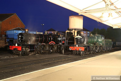 7827 Lydham Manor / 7812 Erlestoke Manor in Minehead during an evening photo shoot organised by Don Bishop.  05/10/13