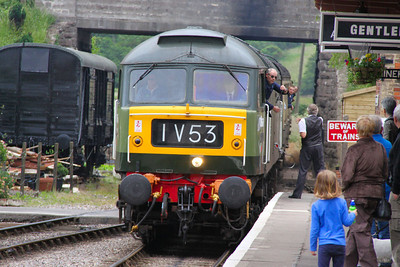 D1661 (47840) arrives into Williton on the: 15:45 Bishops Lydeard to Minehead  17/06/12