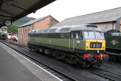 D1661 (47840) runs round in Minehead  17/06/12