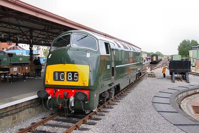 D832 runs round in Minehead  17/06/12