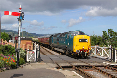 55022 arrives into Blue Anchor on the: 10:45 Minehead to Bishops Lydeard  17/06/12