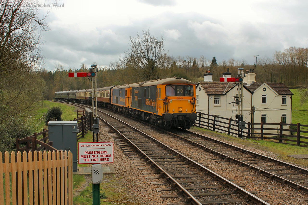 73119 leads 73107 into the station