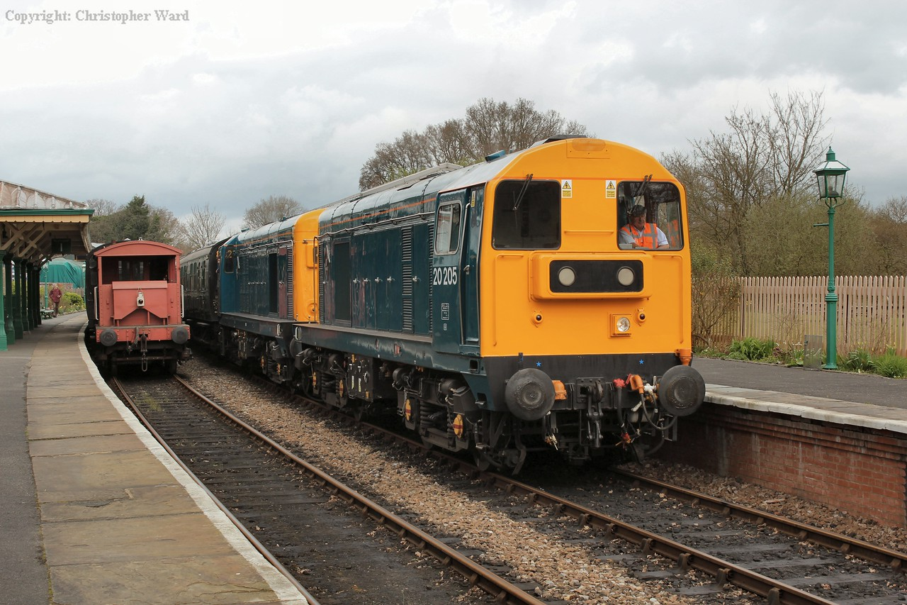 """Now in the more traditional """"nose to nose"""" double header formation, 20205 leads the train again"""