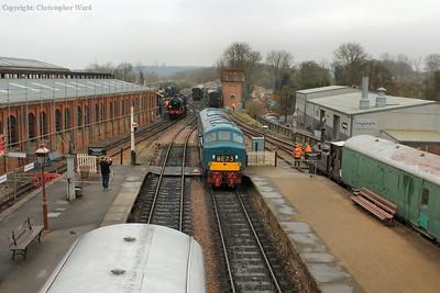 The class 46 draws into the platform