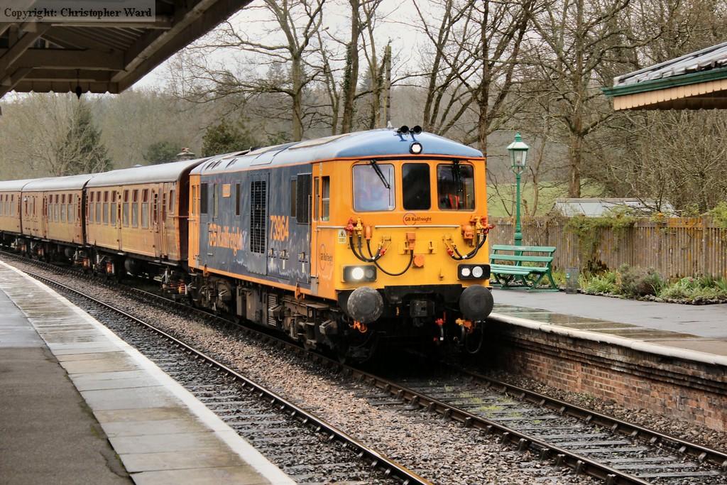 73964 arrives at Kingscote