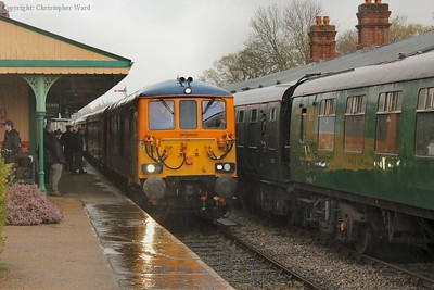 73964 arrives in a downpour