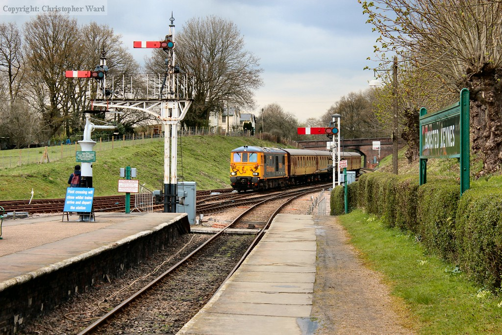 The 73/9 and 4TC return from East Grinstead