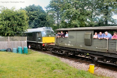 D5185 takes the Queen Mary brakevan and the rest of Set A out of Groombridge