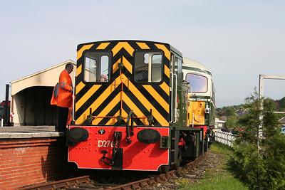 D2767