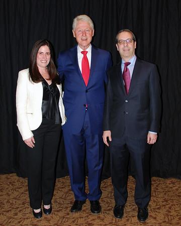 President Clinton Visits Temple Sholom