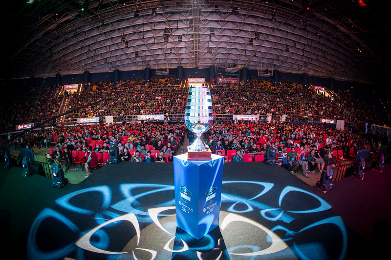 The trophy of ESL ONE Genting in front of the player-stage