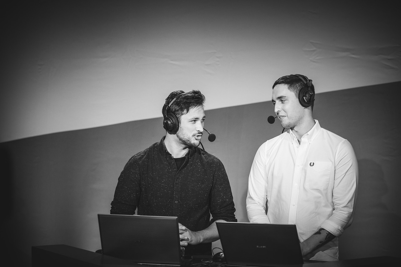 The caster duo Sadokist and HenryG in action