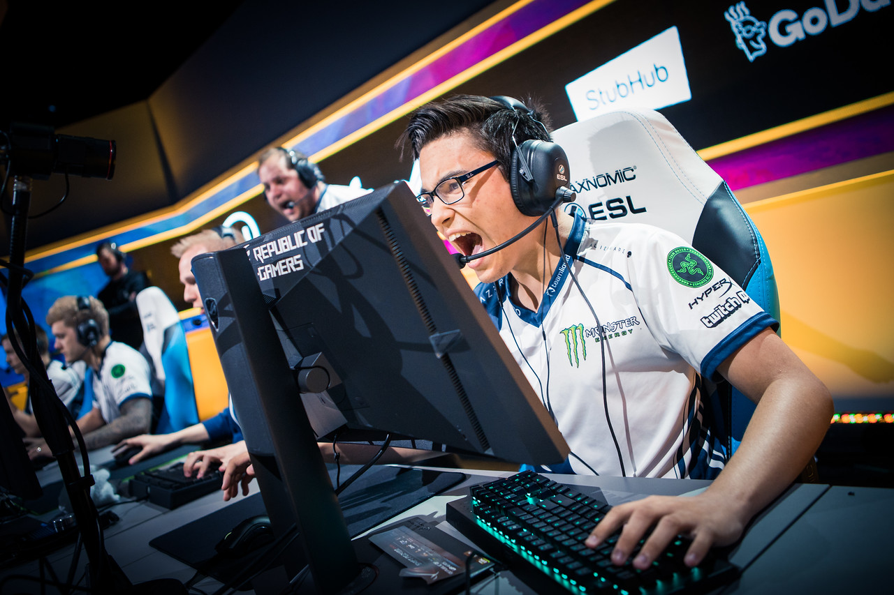 Team Liquid's Twistzz is pumped after a round-win in the finals!