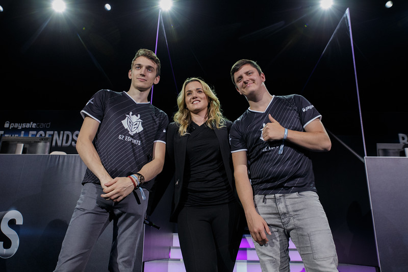 """G2 esports Bodyy and Apex, team captains of the """"Paysafe Card Beat the Legends"""" teams that played on stage in ESL Arena at Gamescom 2017"""