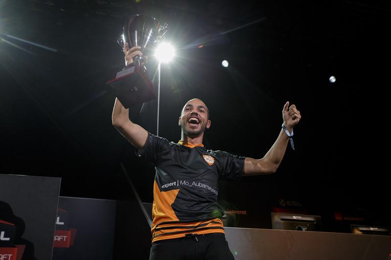 Team Expert Mo, winner of ESL Meisterschaft FIFA 17 Sommer Finale in ESL Arena at Gamescom 2017