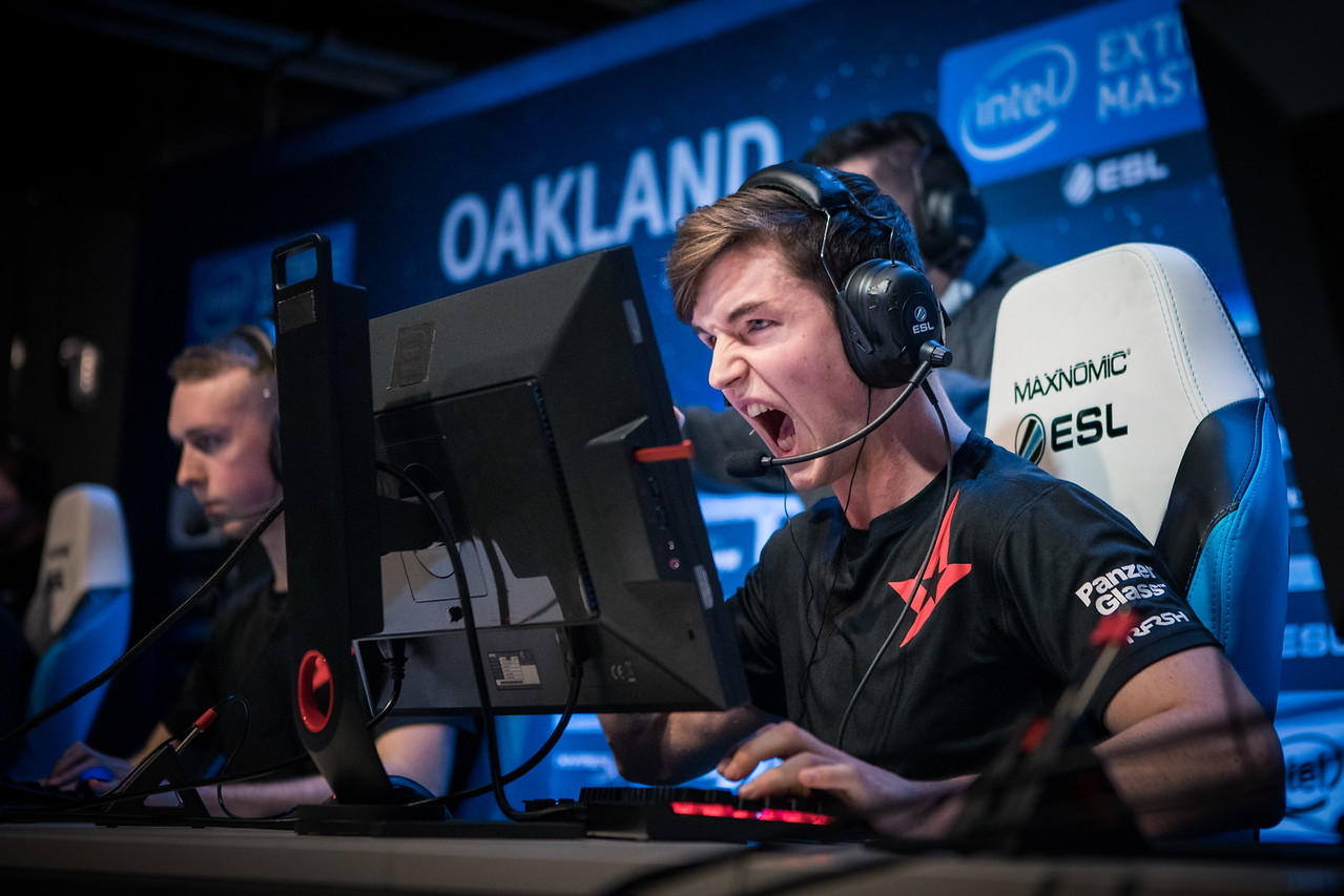 Astralis' Device playing in the group stages