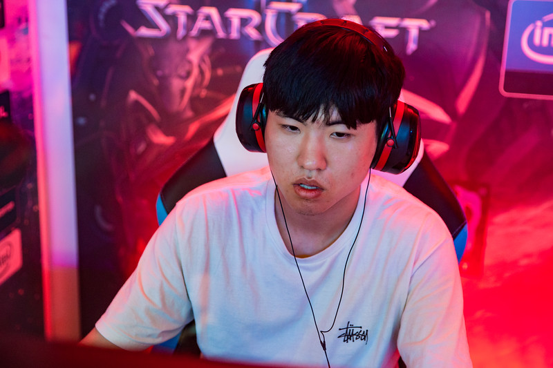 SoO in full focus as he faces ByuN the quarter finals of the Intel Extreme Masters Shanghai 2017