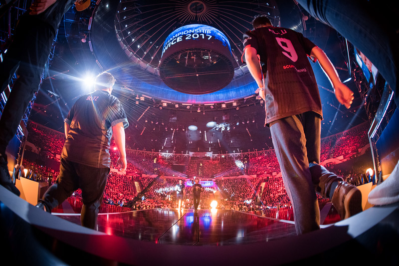 Immortals and FaZe Clan entering the main stage of the Spodek Arena