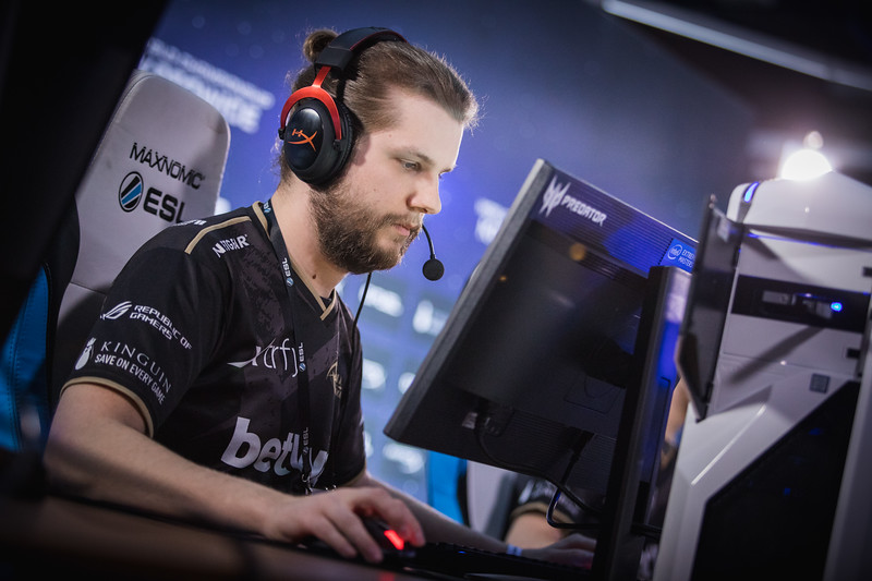 NiP F0rest playing in the group-stages