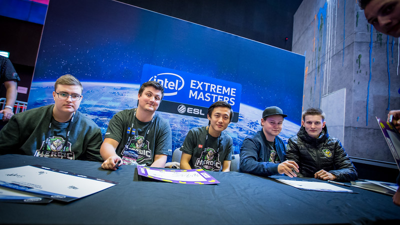 Team Heroic at a signing-session in the expo-area