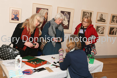 MDEP-10-02-2018-021 Diane Griffiths demonstrated Wood Engraving in the Corn Hall