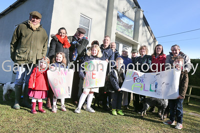 MDEP-24-02-2018-005 Paul Slater with the Thorpe Abbotts village Hall roof  campaigners